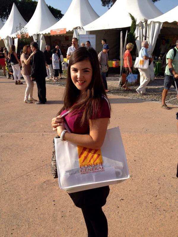 Me, carrying all my freebies (it felt like Fresher's Fair in Sheffield!