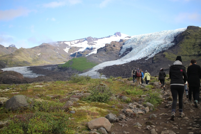 Short hike to get to the glacier